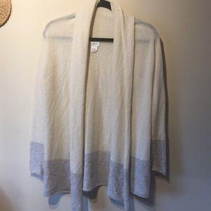 Club monaco 💯 percent cashmere blouse.